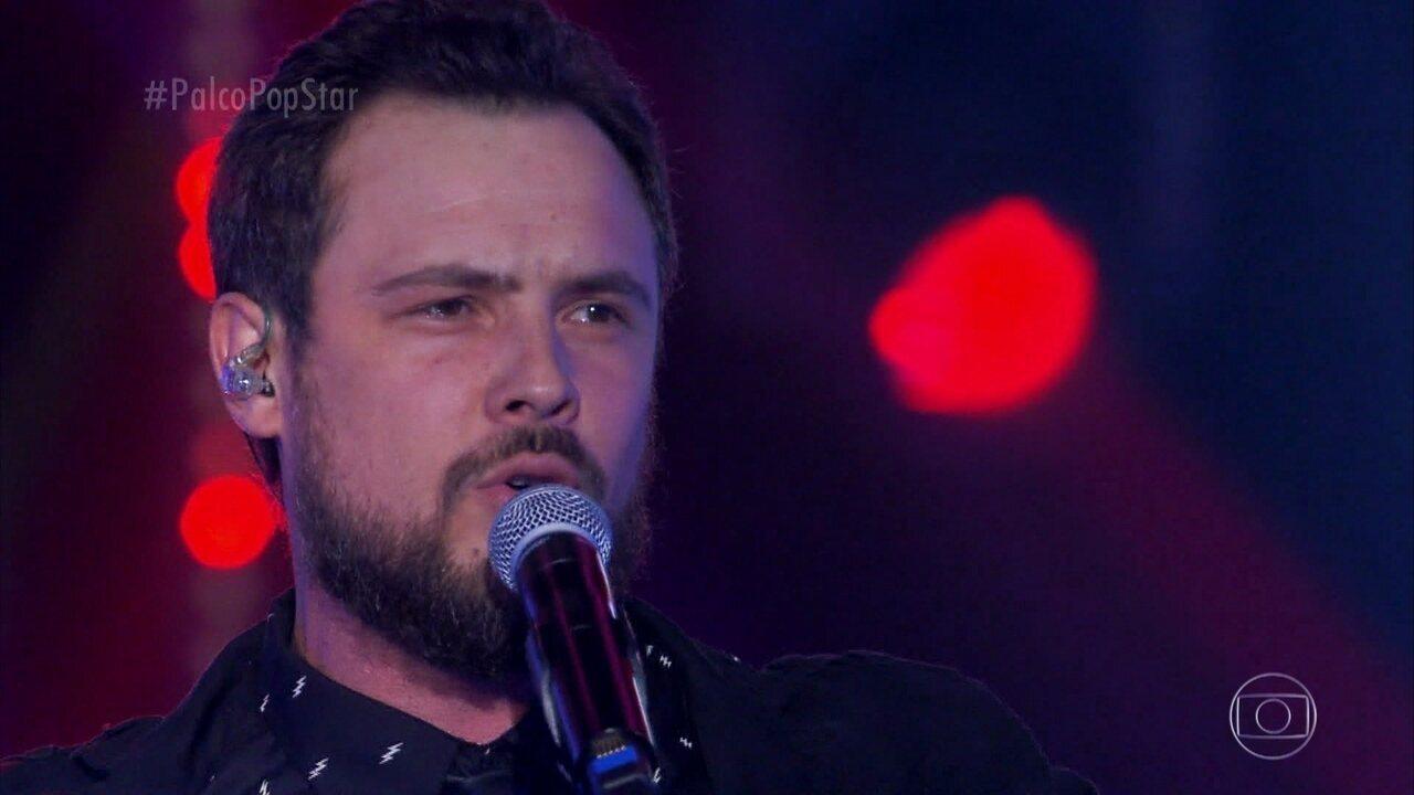 Sergio Guizé canta 'Cowboy Fora da Lei'