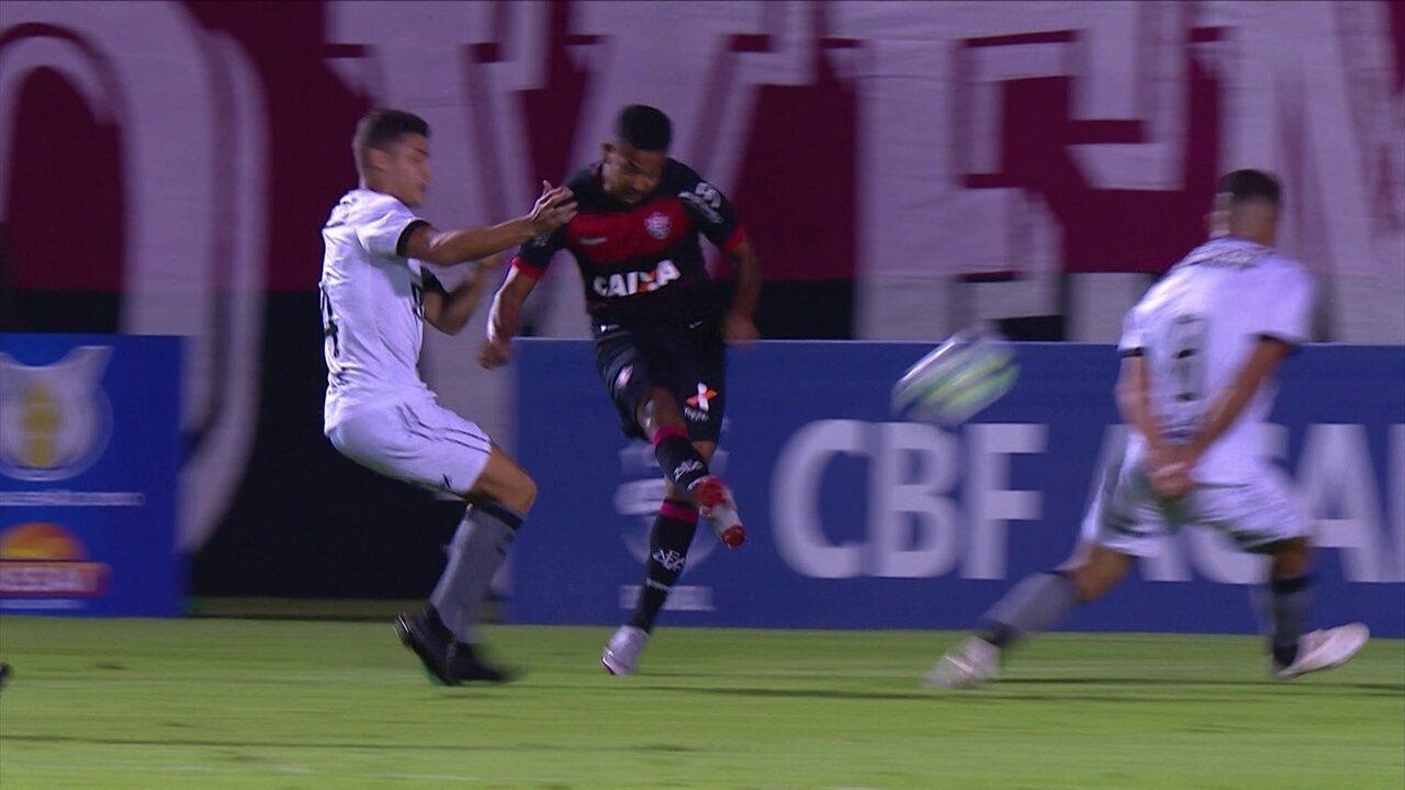 Melhores momentos de Vitória 3 x 4 Botafogo pela 26ª rodada do Campeonato  Brasileiro 54fed450a9f78