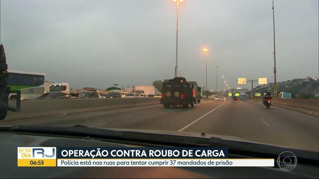 Polícia Civil faz operação para combater o roubo de carga no Rio de Janeiro