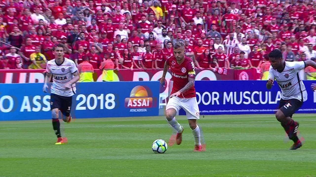 b66d895934 Melhores momentos  Internacional 2 x 1 Vitória pela 27ª rodada do  Campeonato Brasileiro