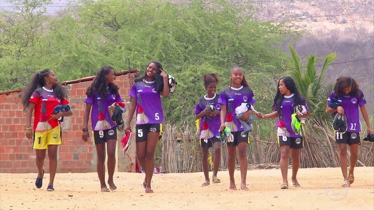 Time de futsal sub-14 de comunidade quilombola faz história nos Jogos Escolares