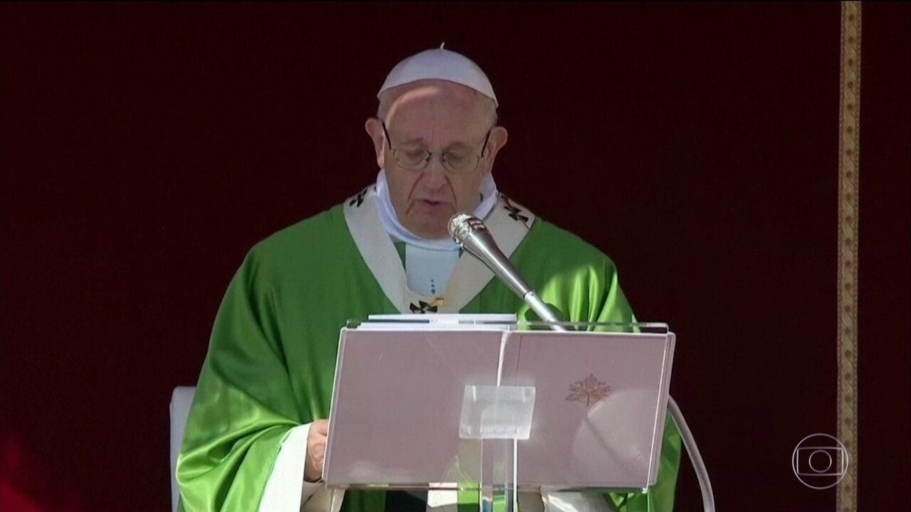 Papa se emociona ao receber bispos chineses, pela primeira vez, no Vaticano