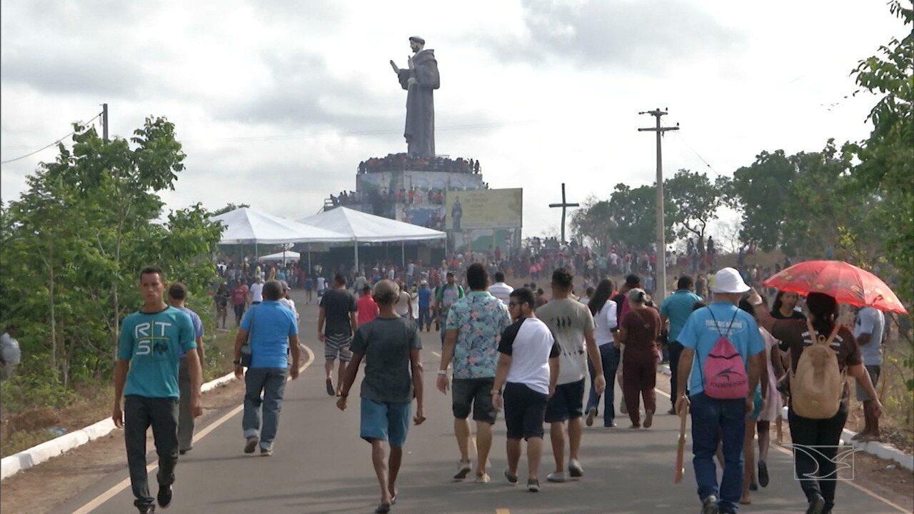 Devotos prestigiam festejo em homenagem a São Francisco de Assis no Maranhão