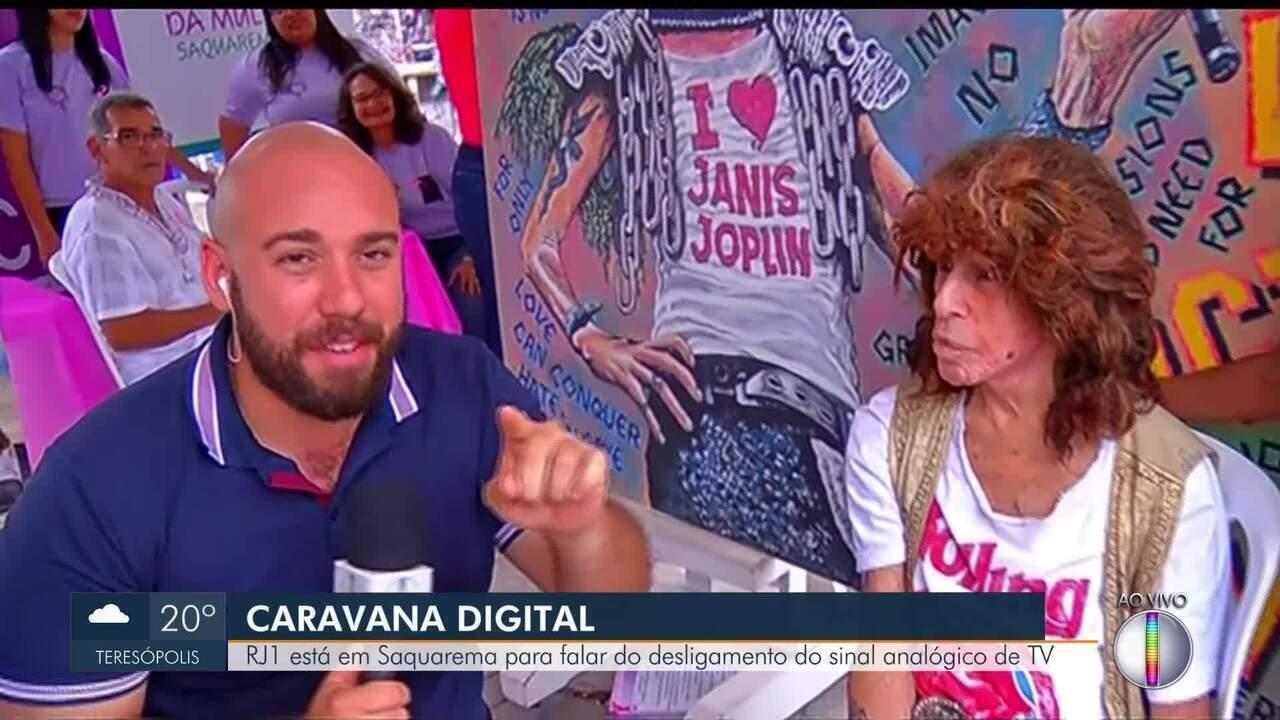 Caravana Digital visita Saquarema, RJ, e encontra com o clássico do rock Serguei