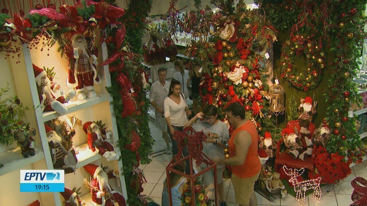 Movimento nas lojas de cerâmica de Porto Ferreira foi grande no feriado