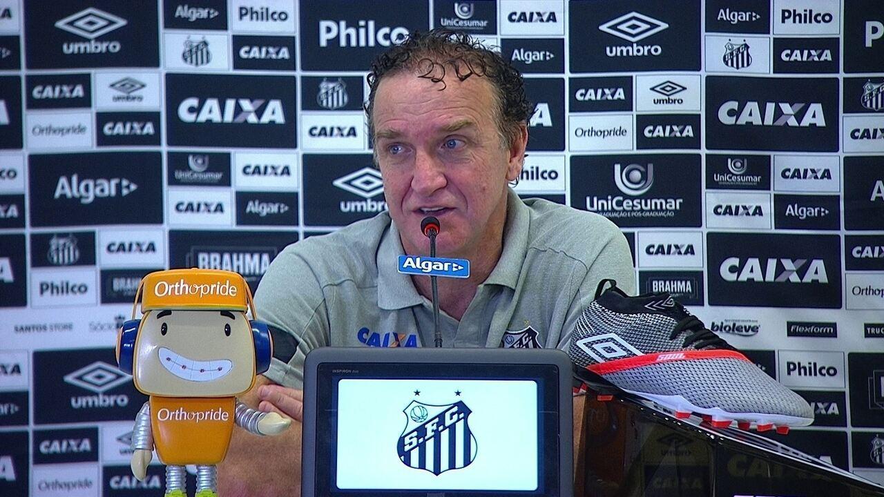 Veja como foi a entrevista coletiva de Cuca após a vitória do Santos sobre o Corinthians