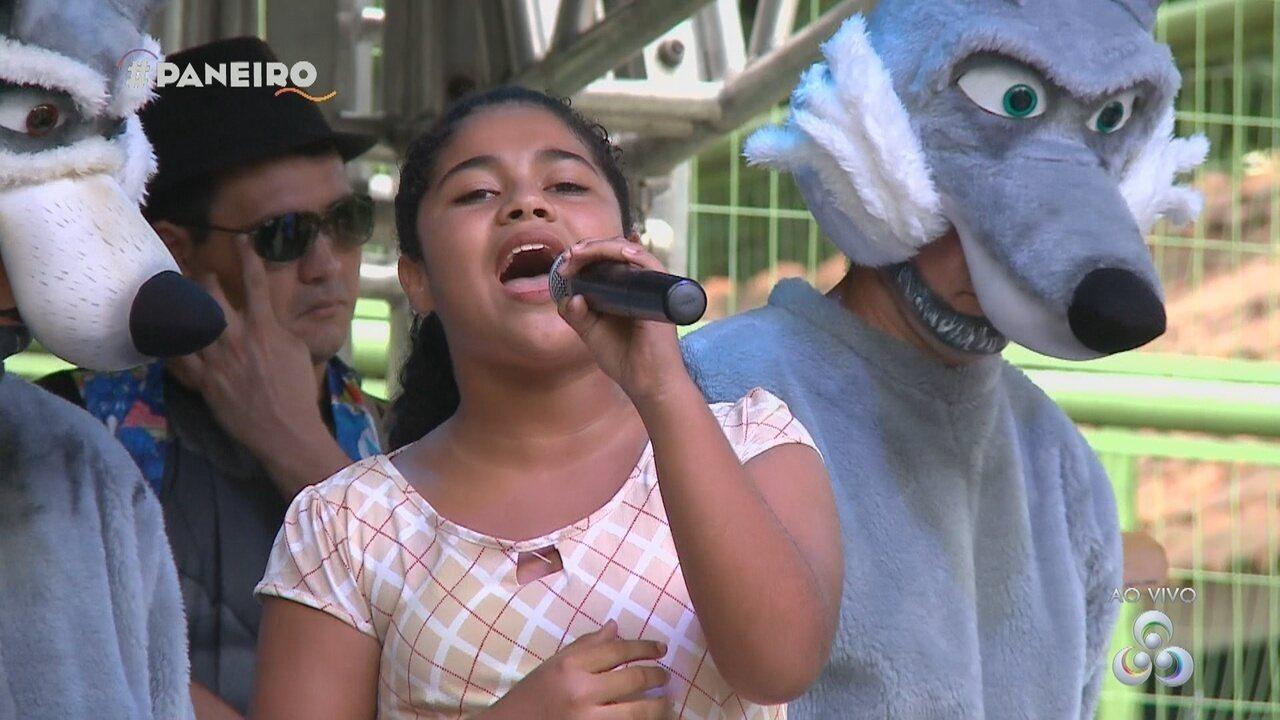 Parte 2: Vencedora do Cantando no Paneiro Kids se apresenta no programa