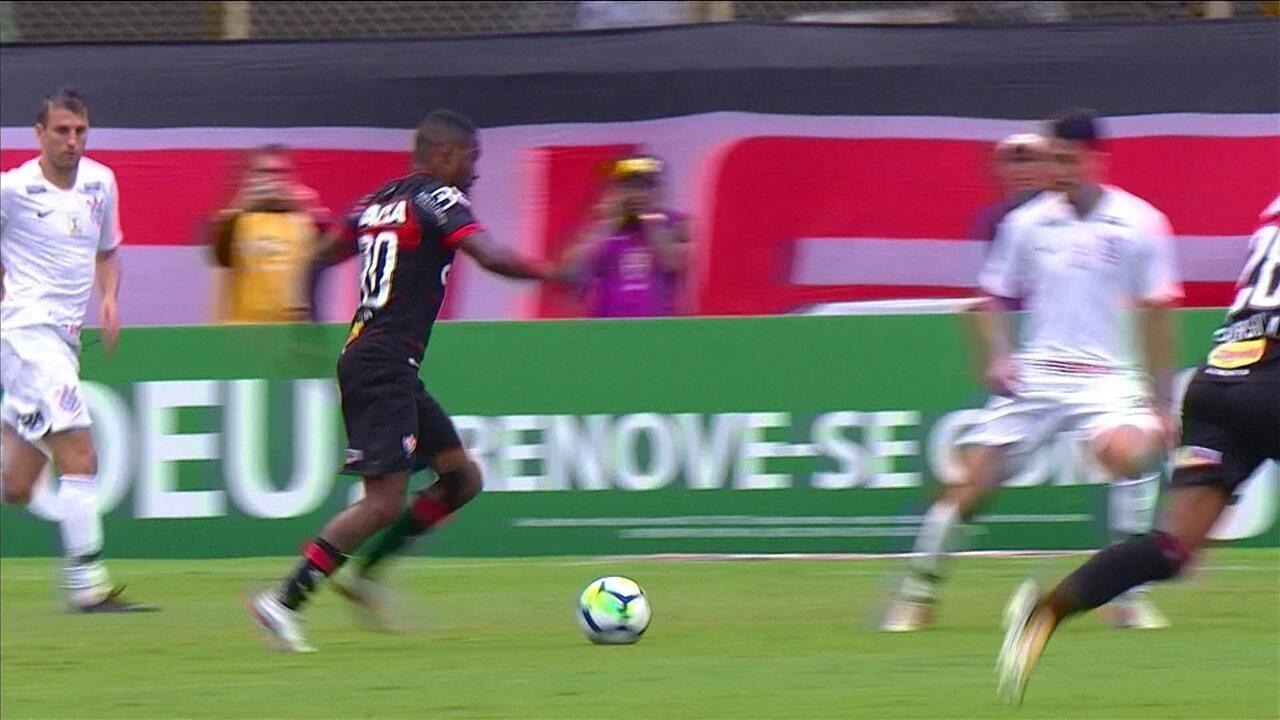 1c30ca7942 Melhores momentos de Vitória 2 x 2 Corinthians pela 30ª rodada do  Campeonato Brasileiro