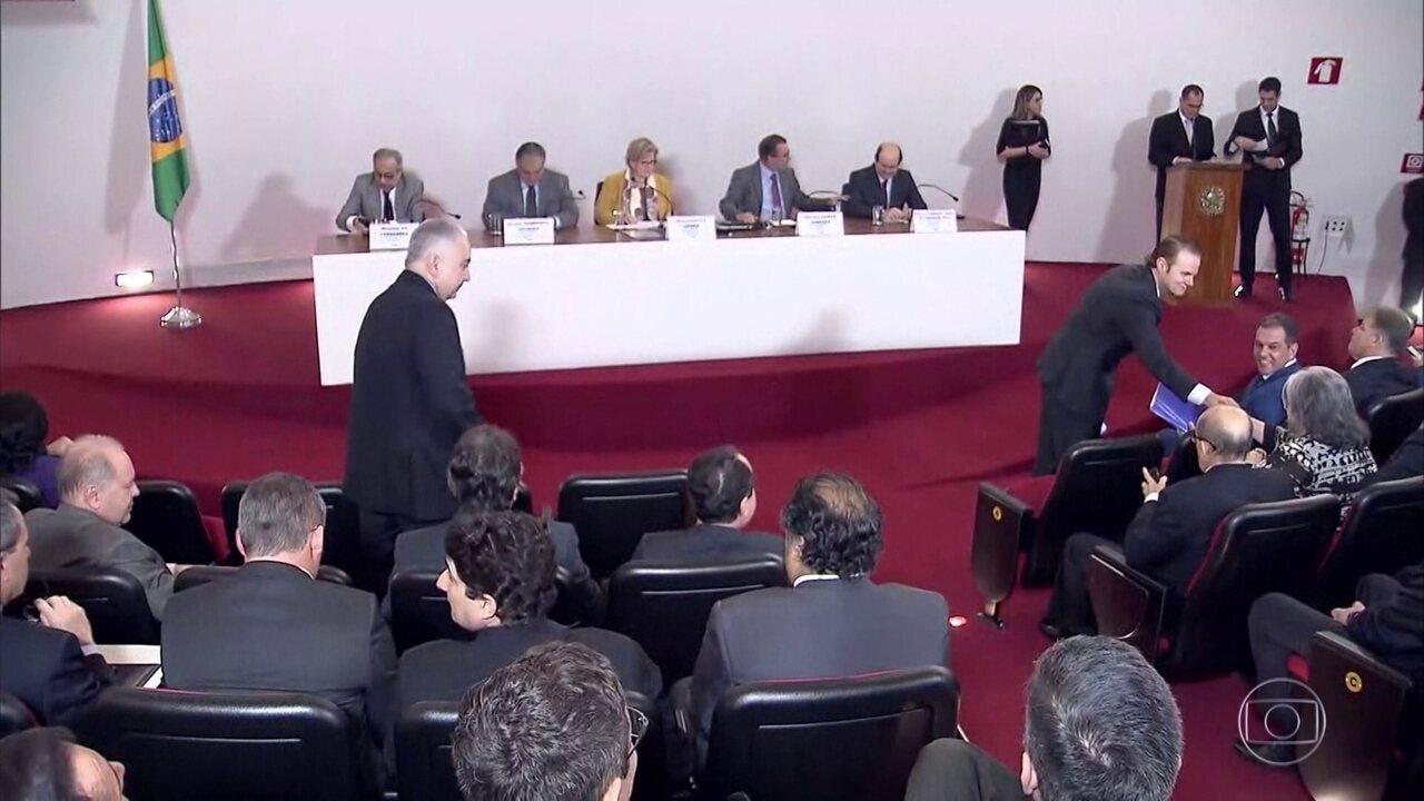 Presidente do TSE se reúne com presidentes dos Tribunais Regionais Eleitorais, em Brasília