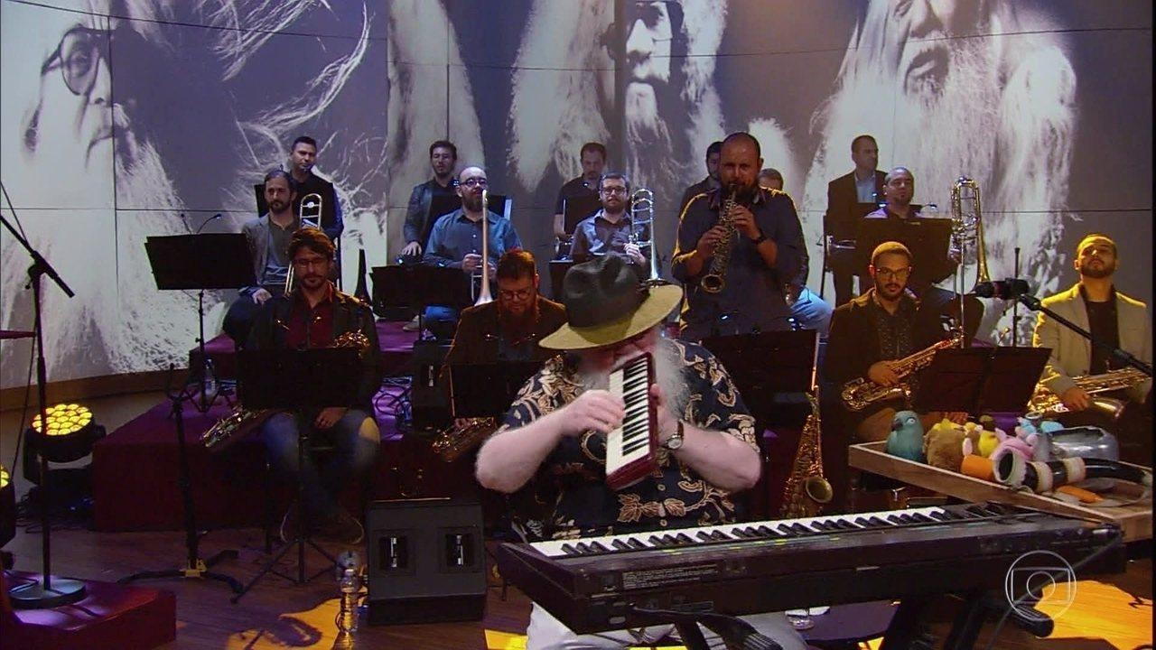 Hermeto Pascoal e sua big band tocam 'Jegue'