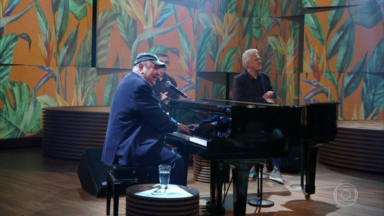 João Donato apresenta a música Nasci Para Bailar