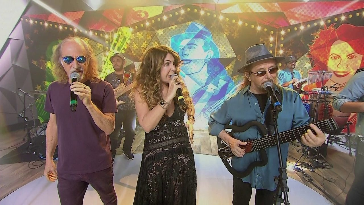 Elba Ramalho, Alceu Valença e Geraldo Azevedo cantam
