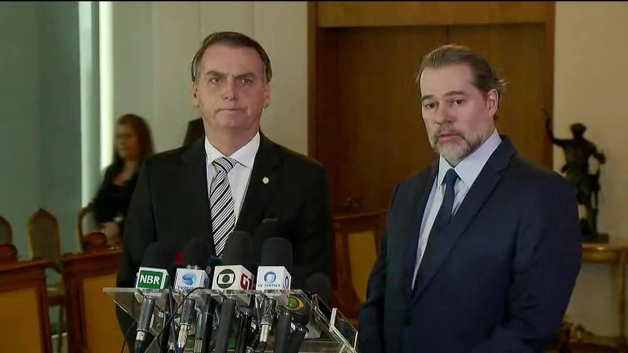 Jair Bolsonaro se encontra com ministro Dias Toffoli no STF
