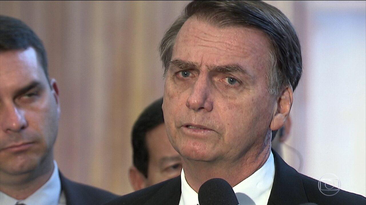'Não é o momento para aumentar despesas', diz Bolsonaro