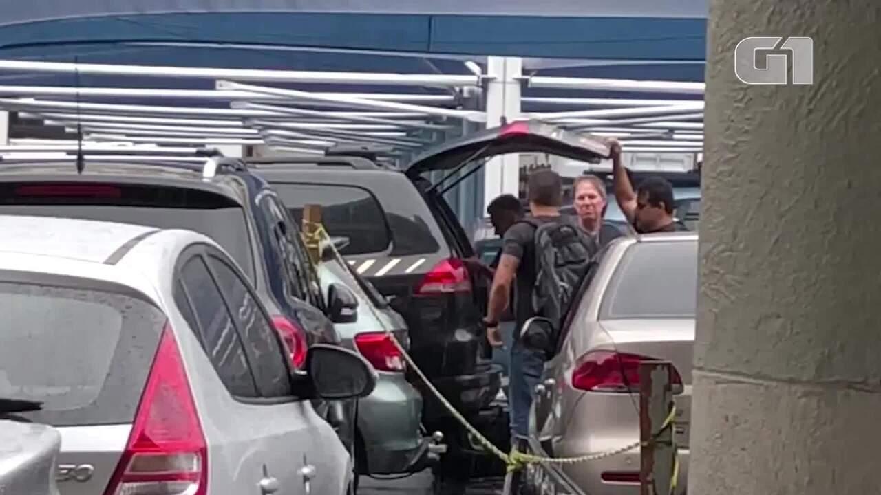 Chiquinho da Mangueira é preso e levado para a sede da PF