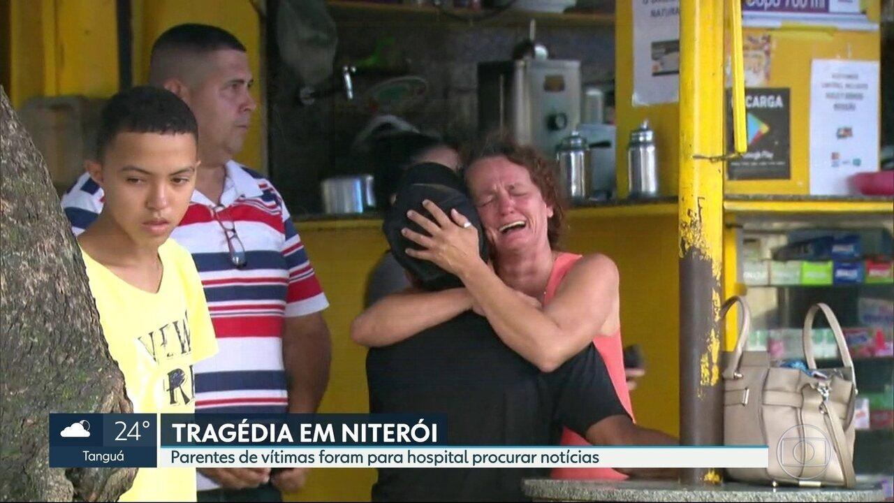 Parentes de vítimas do deslizamento em Niterói procuram por notícias de desaparecidos