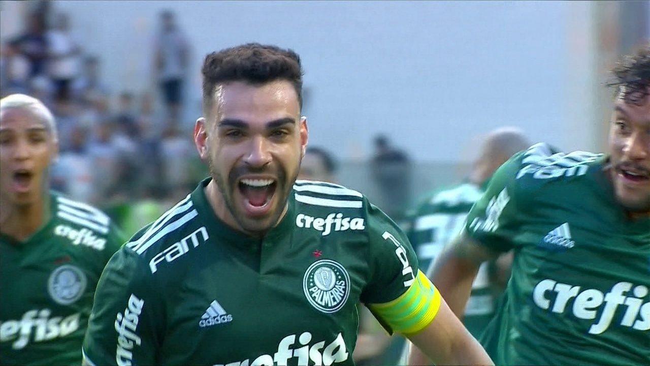 Pênalti marcado em Edu Dracena é idêntico ao lance não marcado para o Vasco pelo mesmo árbitro, segundo Alexandre; veja