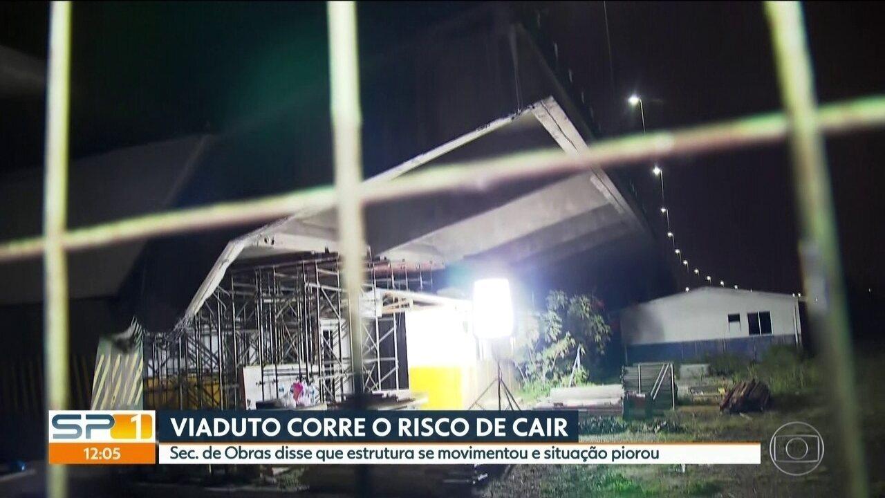 Secretário de Obras diz que viaduto na Marginal Pinheiros corre risco de cair