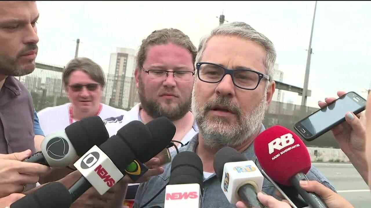 Secretário de Infraestrutura fala sobre risco de desabamento de viaduto em SP