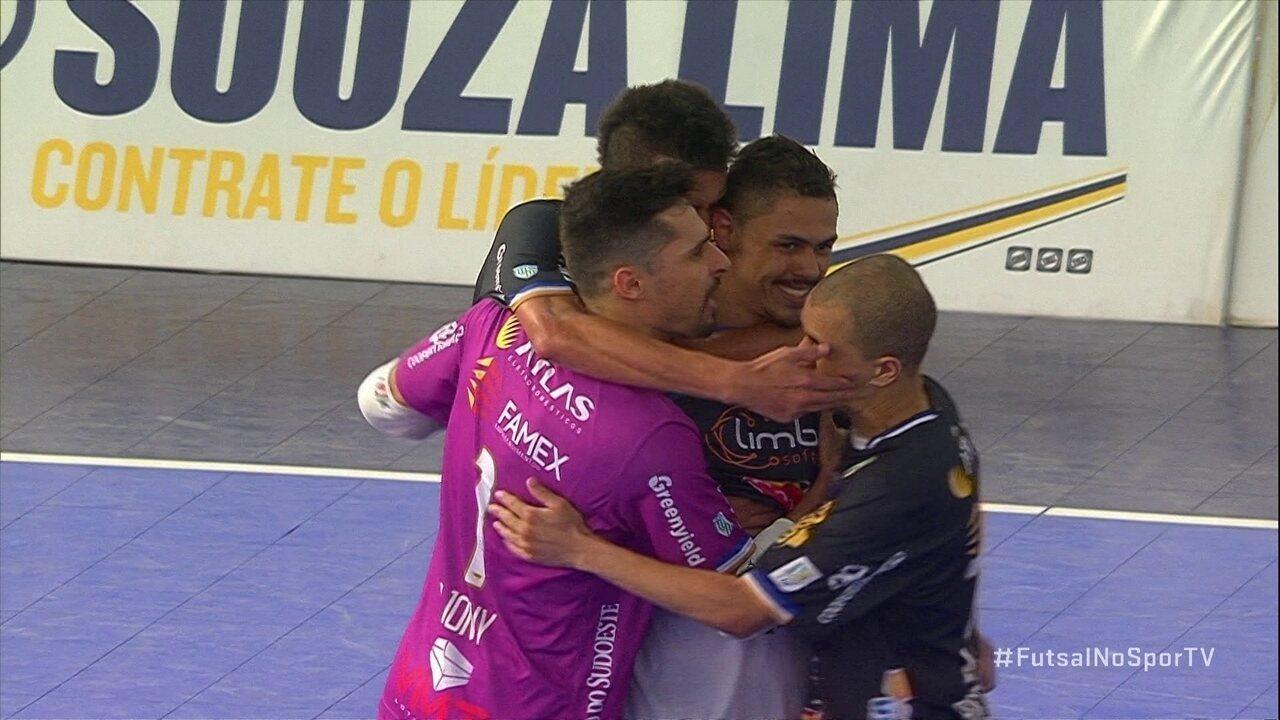 Os gols de Sorocaba 3 x 3 Pato Futsal pela semifinal da Liga Nacional de Futsal