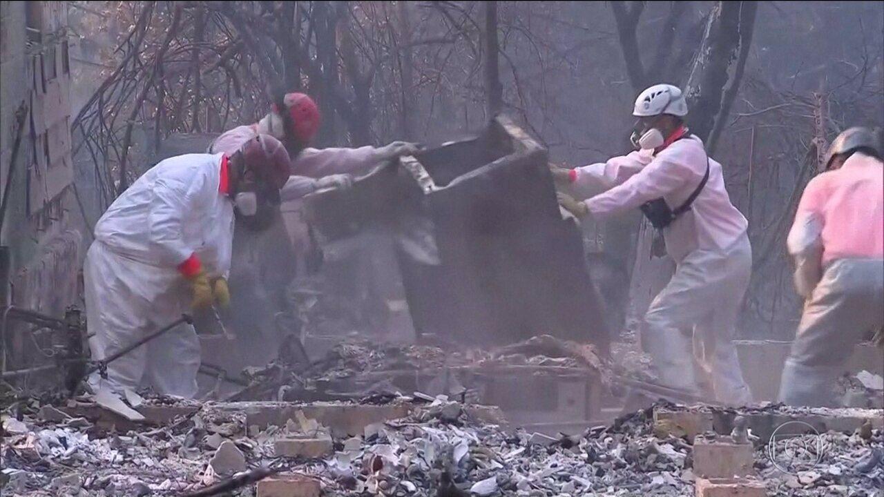Incêndios na Califórnia ganham proporções devastadoras e deixam mais de mil desaparecidos
