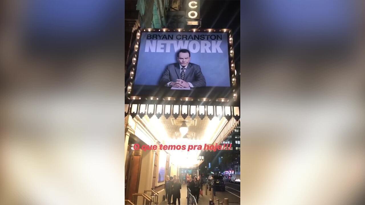 Em Nova York, Giovanna Antonelli encontra o ator Bryan Cranston / Reprodução das redes sociais