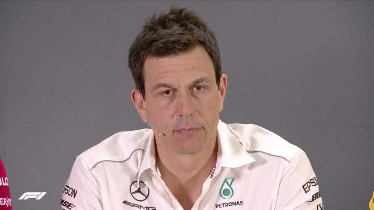 Chefe da RBR alfineta comandante da Mercedes sobre incidente entre Ocon e Verstappen