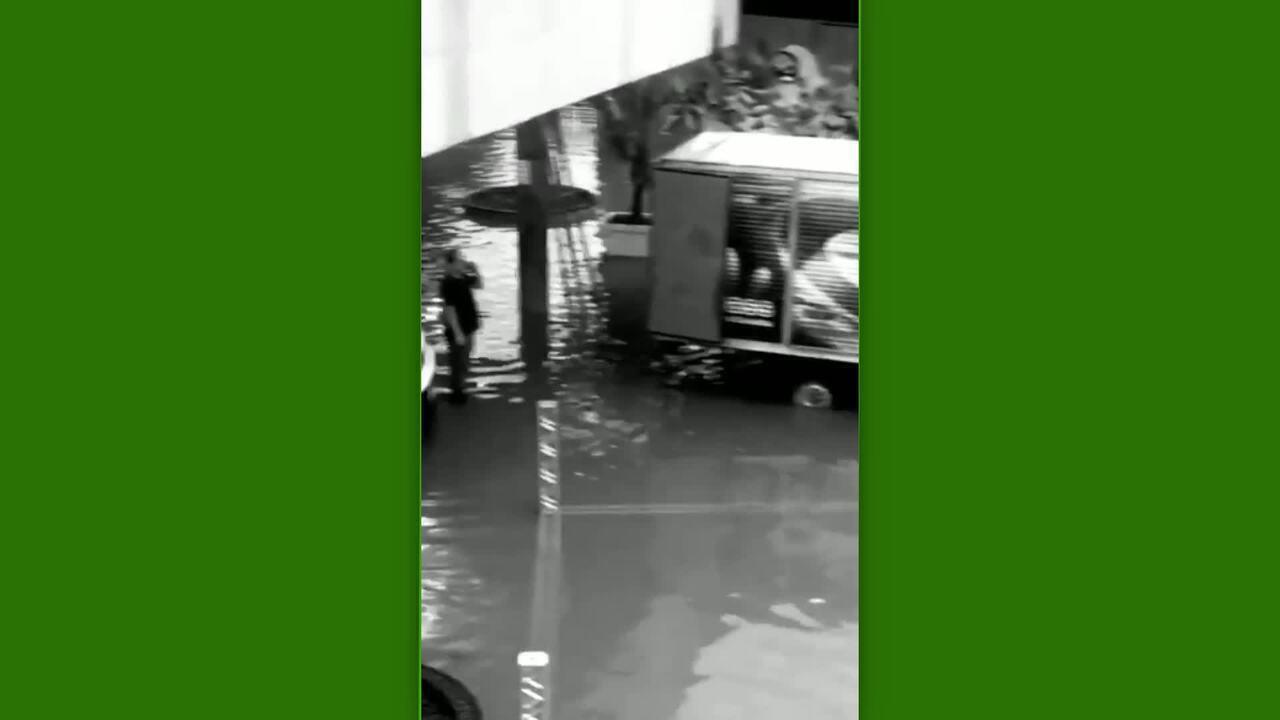 Fortes chuvas inundam pista e adiam Batalha de Skate Vertical em São Paulo