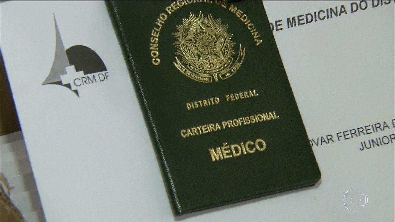 Profissionais selecionados para o 'Mais Médicos' já começam a trabalhar