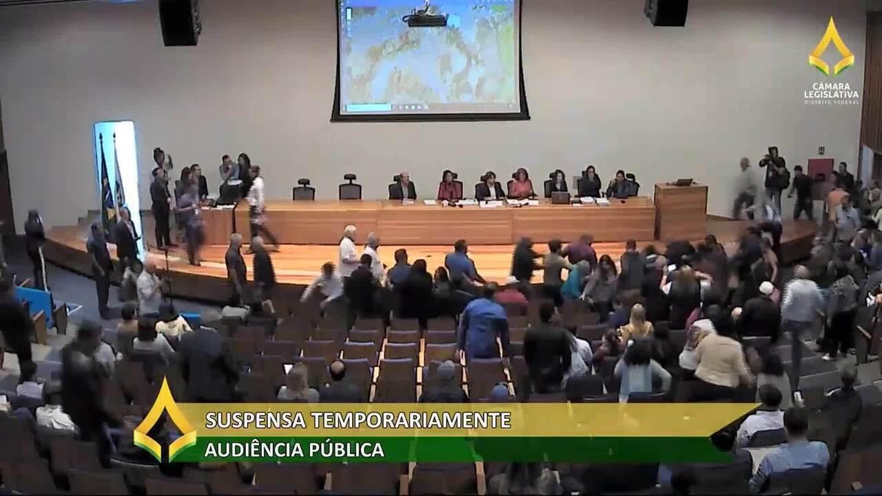 CLDF: audiência pública sobre ocupação do solo é suspensa após pancadaria generalizada