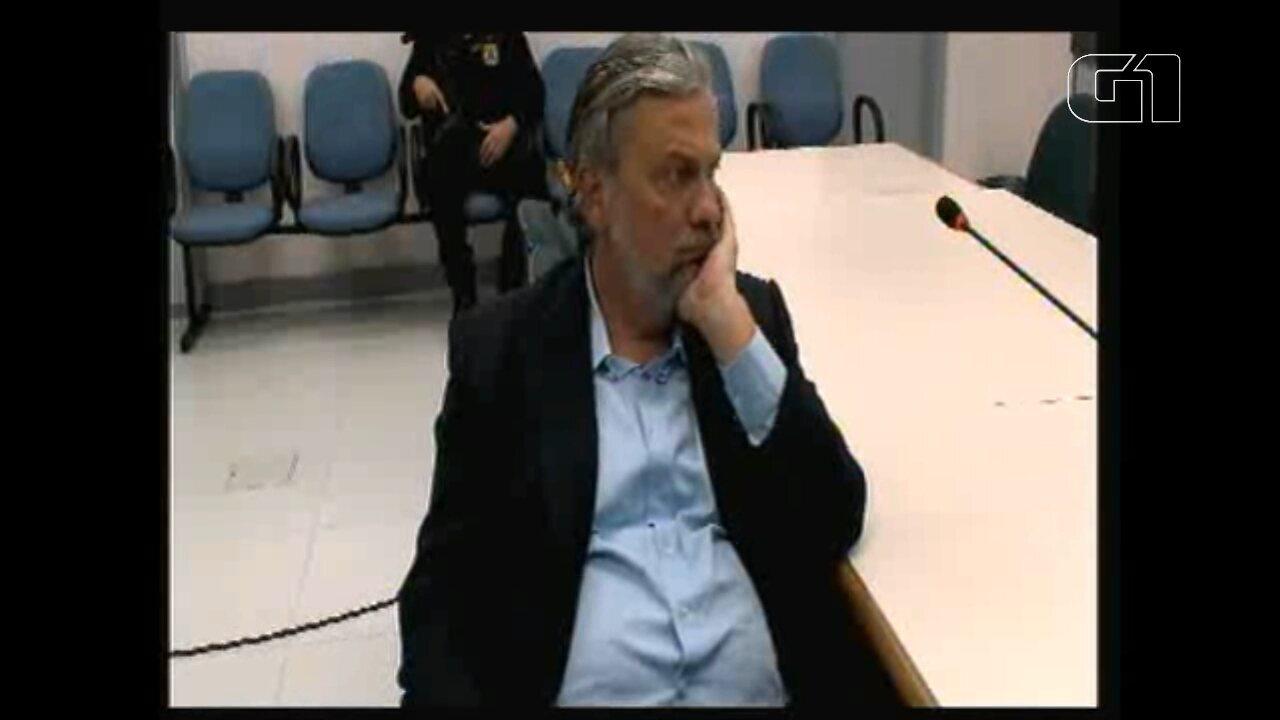 Palocci questiona juiz sobre possibilidade de trabalhar durante prisão domiciliar