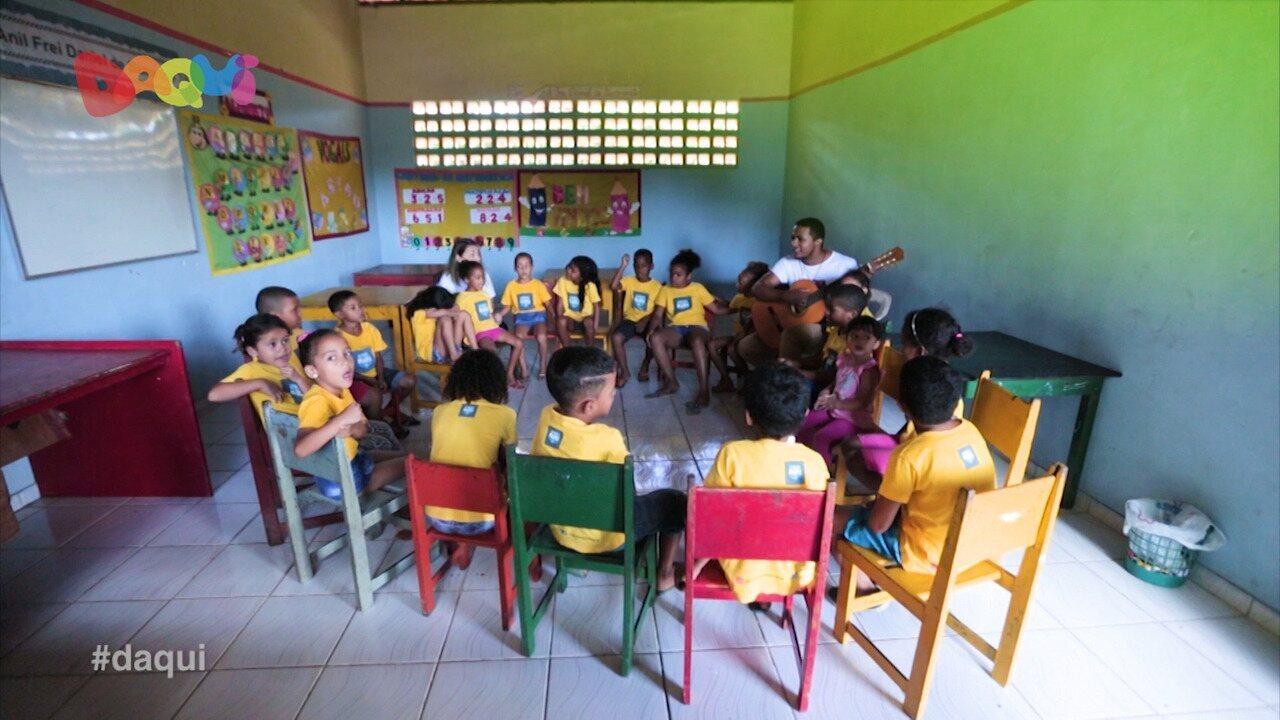 Projeto ajuda crianças por meio das artes