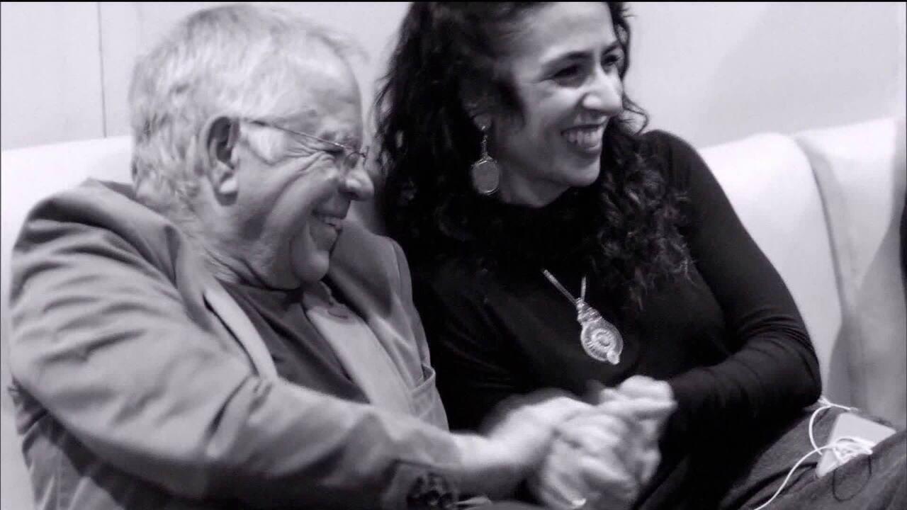 'Em casa com Nelson Motta' mergulha na carreira de Marisa Monte