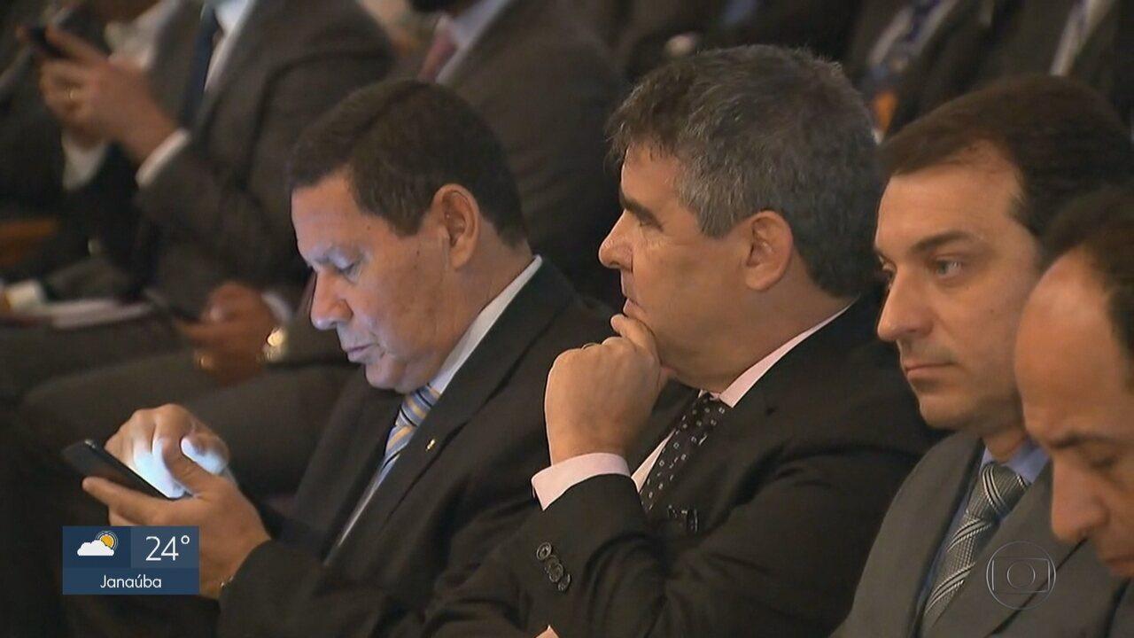 Vice eleito, general Mourão participa de evento com investidores em BH