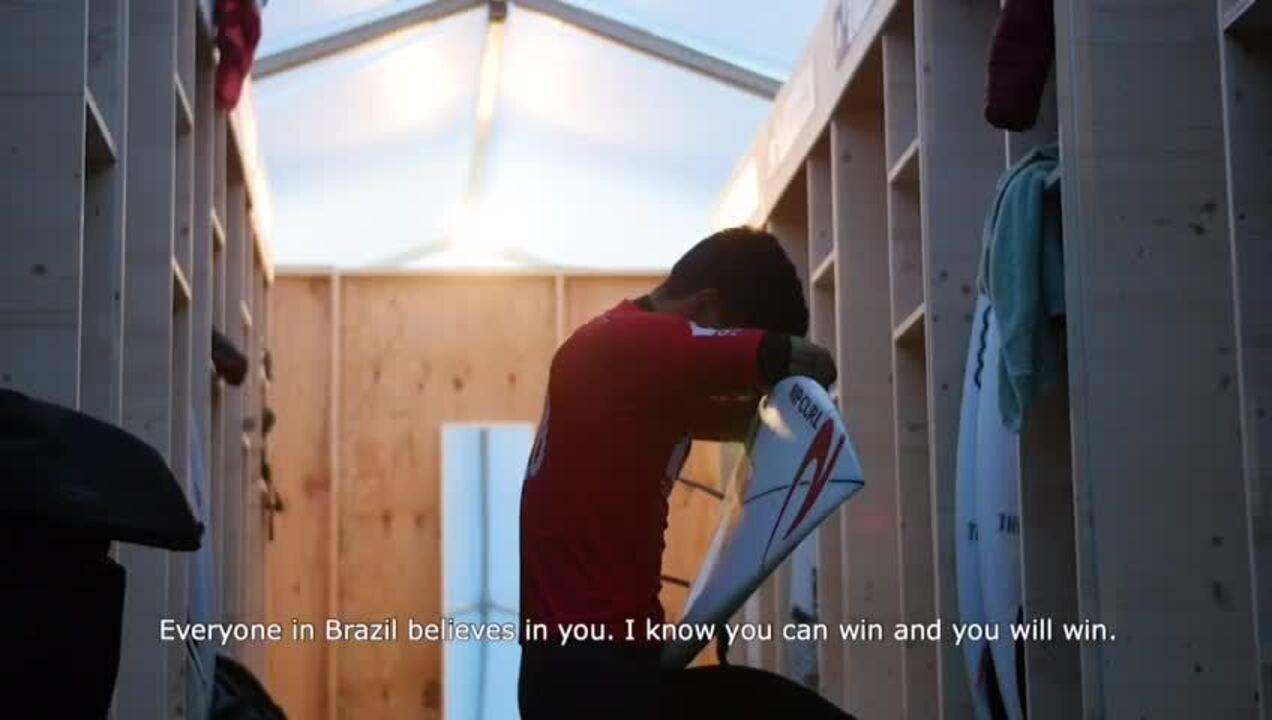 #VaiMedina: Neymar, Pelé, Anitta e Gisele Bündchen puxam torcida pelo bi de Gabriel Medina