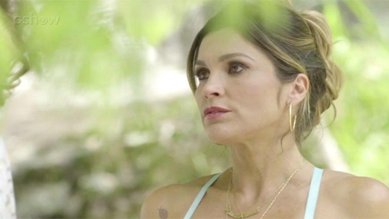 Resumo O Sétimo Guardião - 07/12 - Rita de Cássia faz teste para documentário