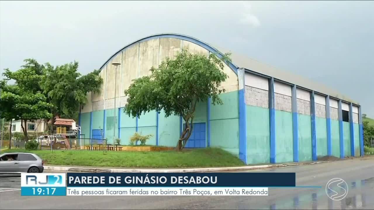55b75fd8c9 Parte de estrutura de ginásio desaba e deixa feridos em Volta Redonda