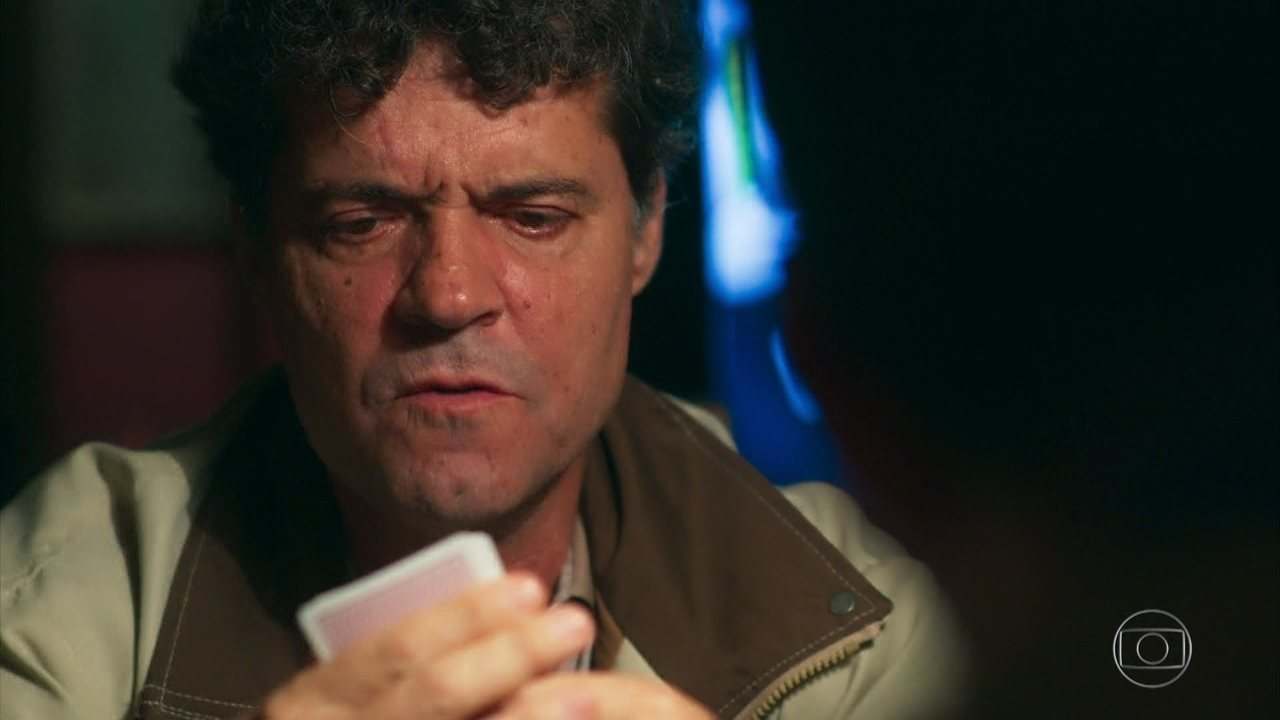 Américo aposta no pôquer