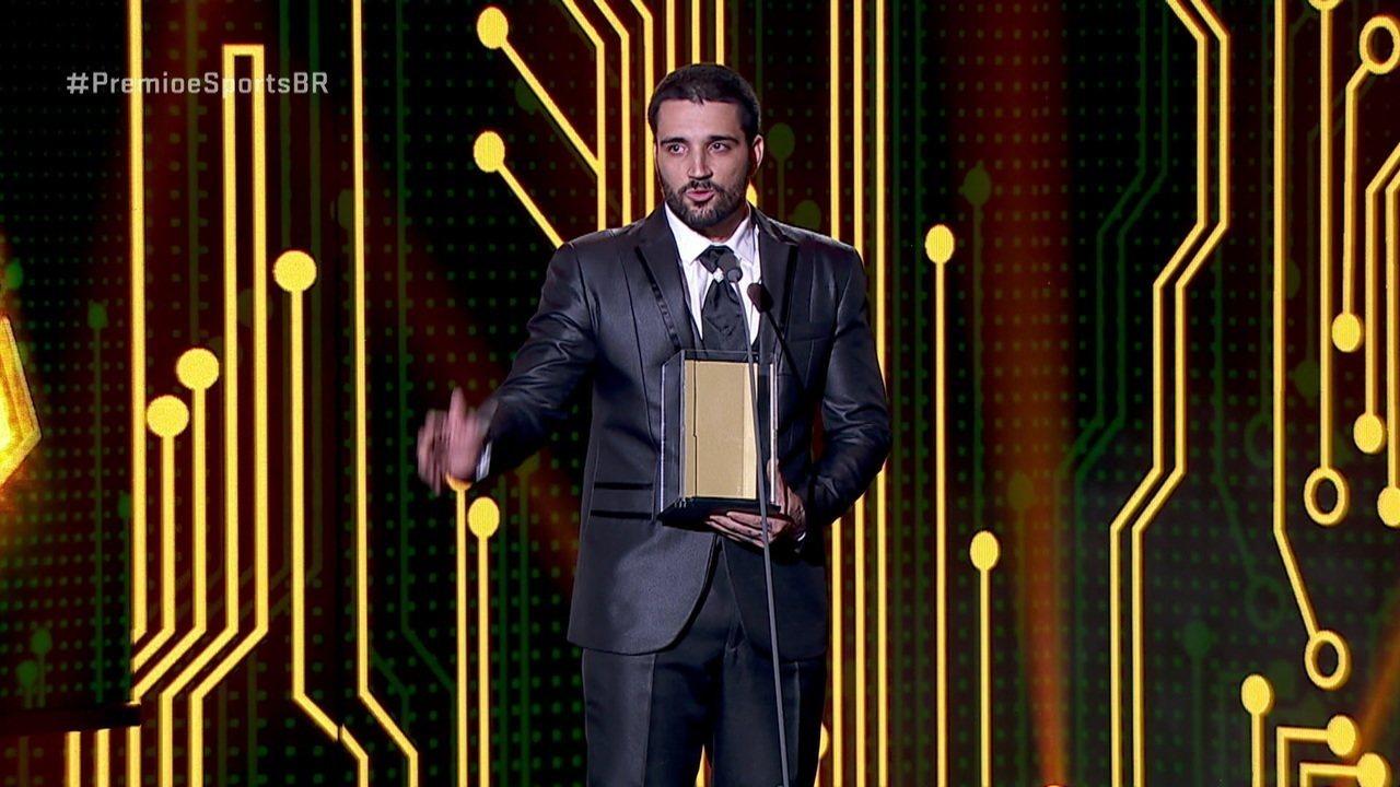 brTT é eleito o carque da galera no Prêmio e-Sports Brasil de 2018