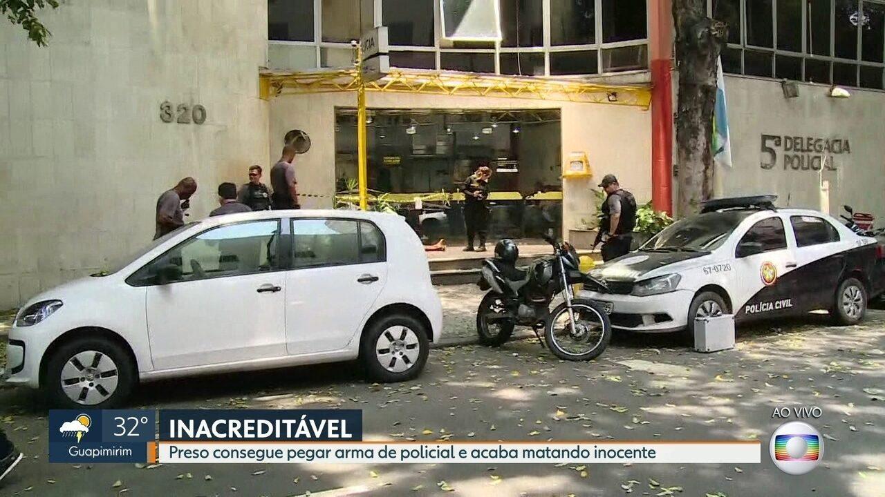 Resultado de imagem para Após ser detido, ex-soldado desarma policial e abre fogo no Centro do Rio