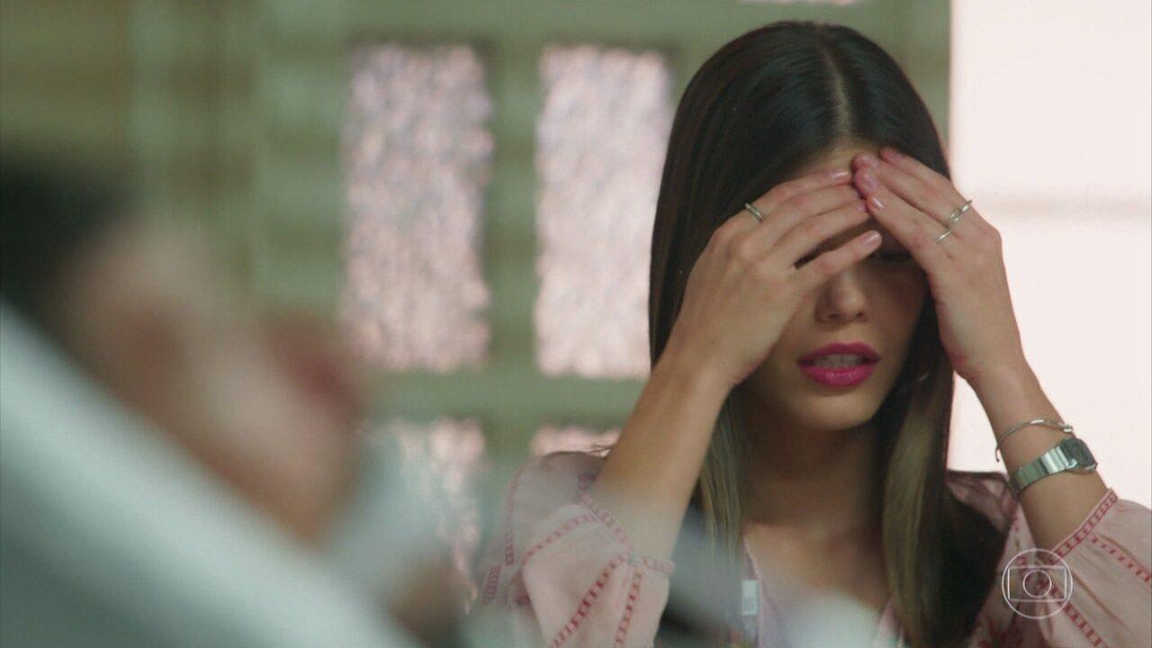 'Espelho da Vida': Cris (Vitória Strada) pede perdão a Alain (João Vicente de Castro)