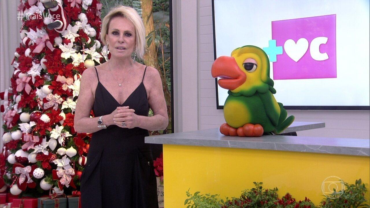 Ana Maria Braga chora ao homenagear Carlos Heitor Cony