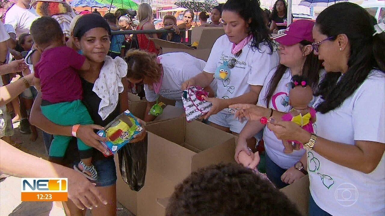 Natal Solidário distribui 2 mil presentes para crianças de Araçoiaba
