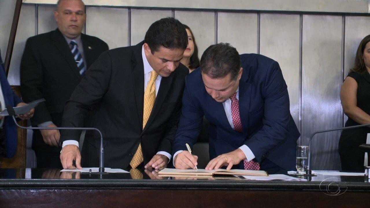 Renan Filho toma posse como governador de Alagoas