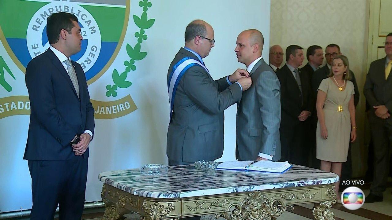 Witzel comanda transmissão de cargo a novos secretários