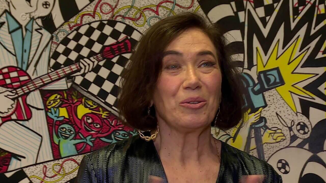 Lilia Cabral fala nos bastidores do 'Domingão do Faustão'
