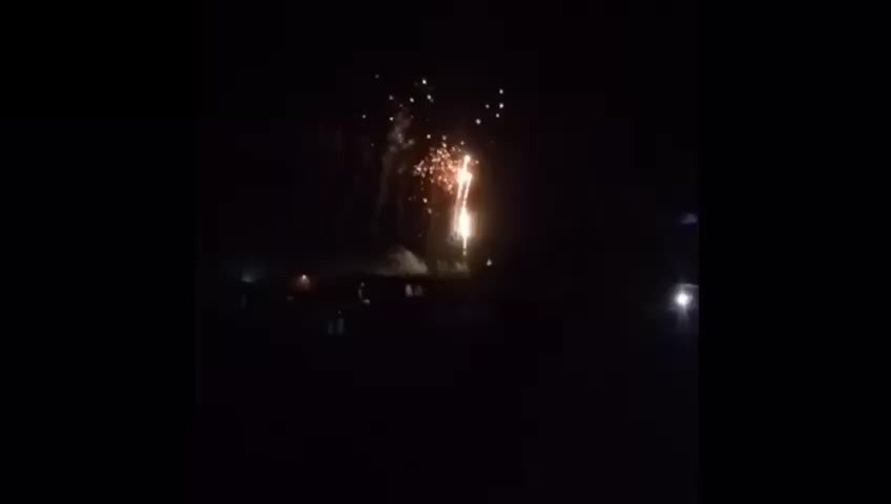 Queima de fogos no Porto de Santo Antônio, no réveillon em Fernando de Noronha