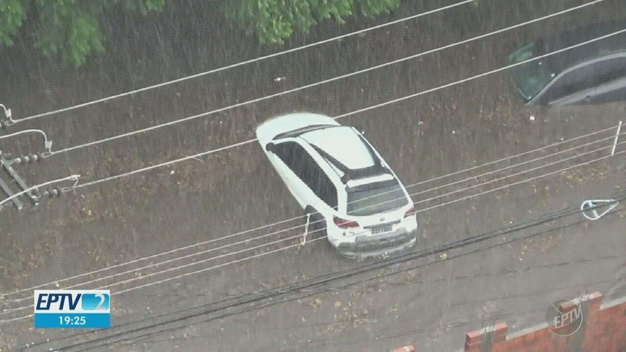 Chuva e vento forte atingem cidades da região de Campinas