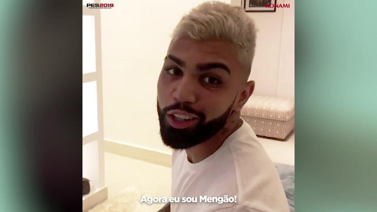 """Gabigol joga videogame, escolhe o Flamengo e manda recado: """"Agora eu sou Mengão"""""""