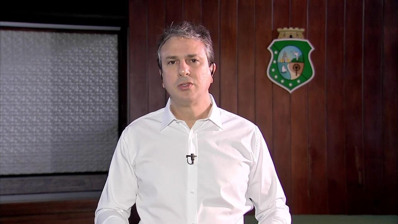 Governador do CE, Camilo Santana, diz que transferiu 21 presos após ataques